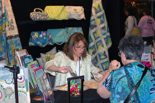 Pat_selling_fabric