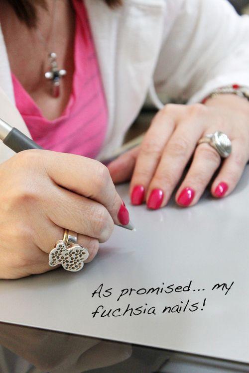 My_pink_nails