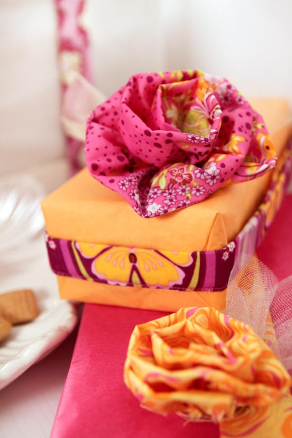 Christmas_gift_flower