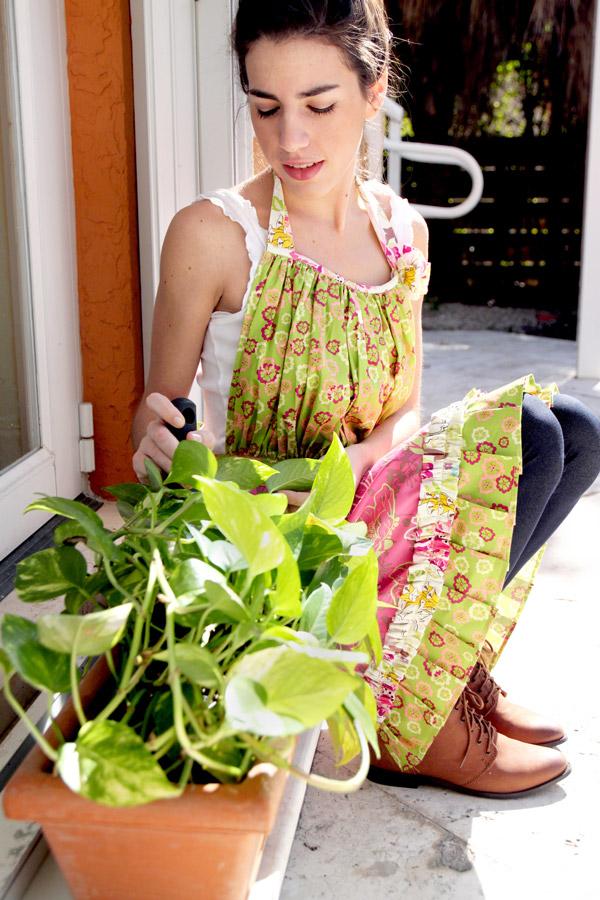 Apron_gardening4WEB
