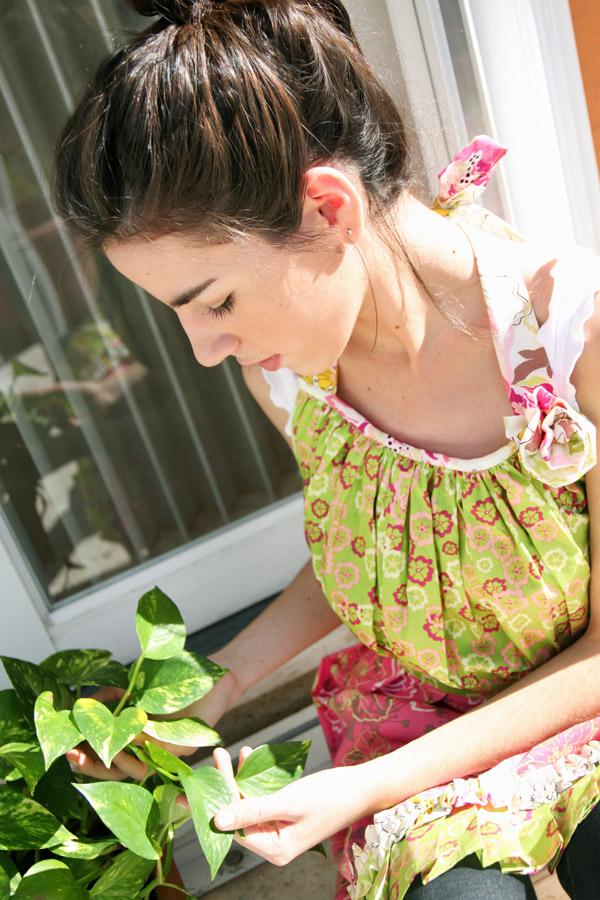 Apron_gardening2WEB