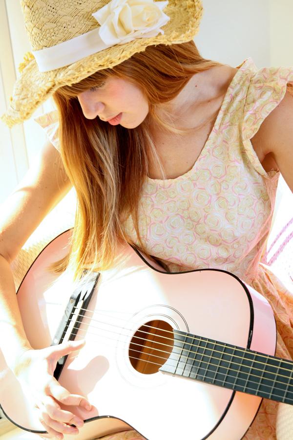 Guitar_dreaming2