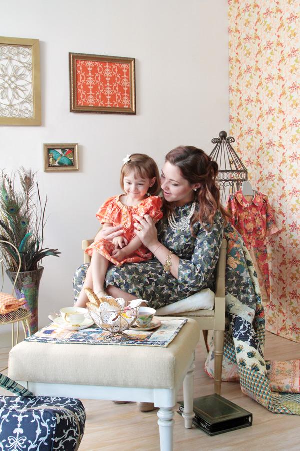 2splendor1920_mom&daughterWEB