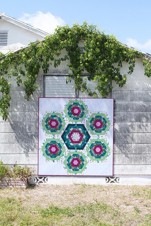 ArtGalleryFabrics_Lavish_FREE Quilt Pattern_1