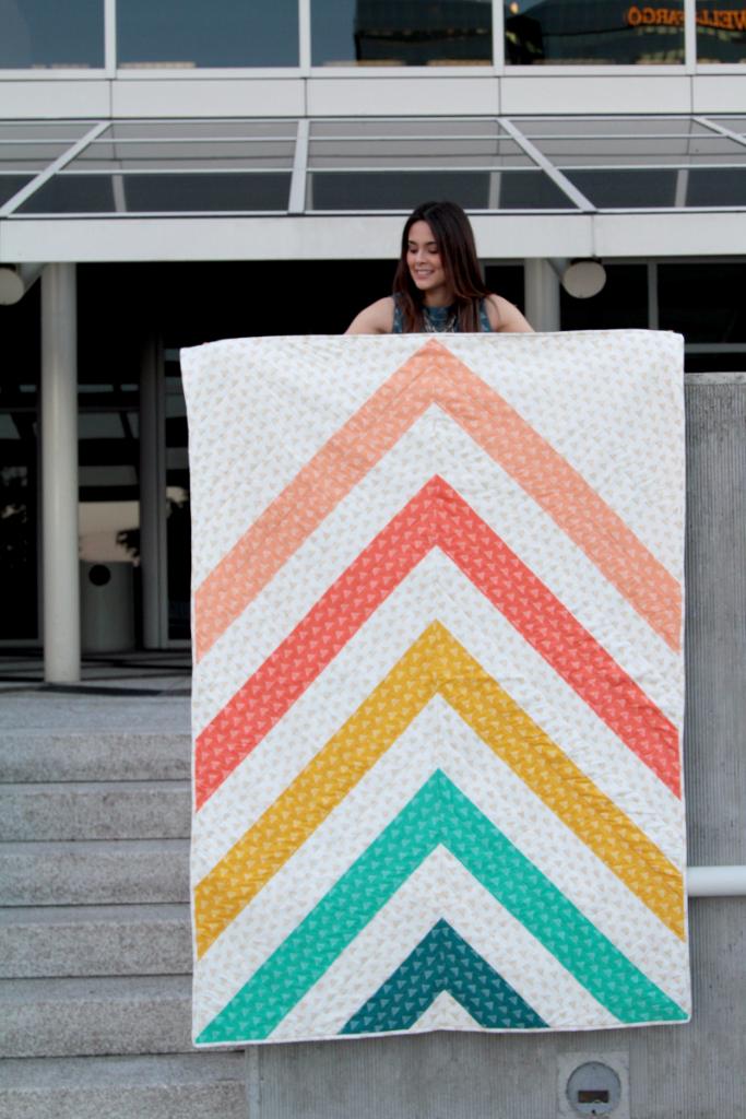 Art Gallery Fabrics_Free Quilt Pattern_Spectrum Quilt
