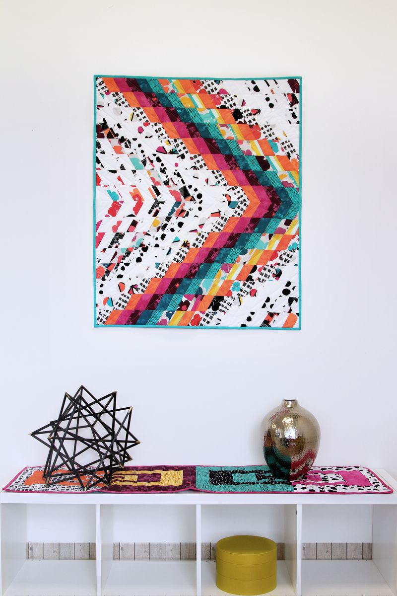 ArtGalleryFabrics_AvantGarde_Table_Runner+miniquilt_1