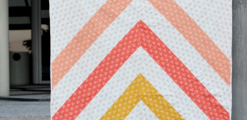 Quilt-pattern-ivory
