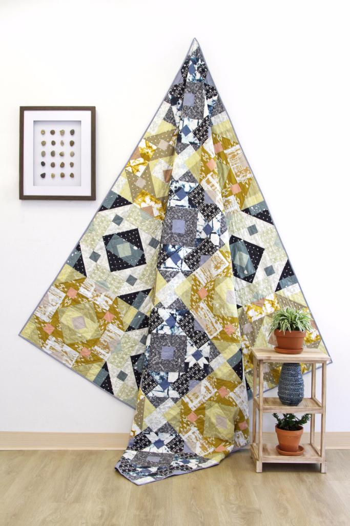 ArtGalleryFabrics_Observer_Free Quilt Pattern